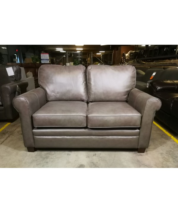 Fiat Ii Leather Loveseat By Jennifer, Jennifer Furniture Com